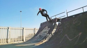 Pimville Zone 6 in Soweto is one of the first few built skate parks in Johannesburg. This park accommodates not only skateboarding but roller blade skaters and BMX/ bicycle riders. Height not-fearing Scelo drops on the vert anticipating to showcase tricks.